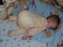 в какой позе лучше спать