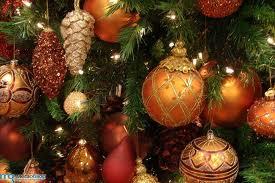 Полезные свойства новогодних украшений